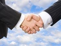 עסקה עסקאות ידיים מיזוג לחיצת ידיים חתימת חוזה / צלם: פוטוס טו גו